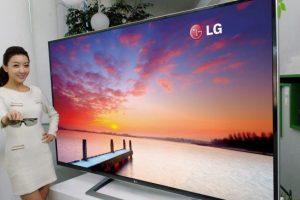 LG привезет на выставку CES телевизоры толщиной, как у смартфона