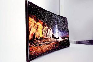 Samsung снижает стоимость своих изогнутых OLED-телевизоров